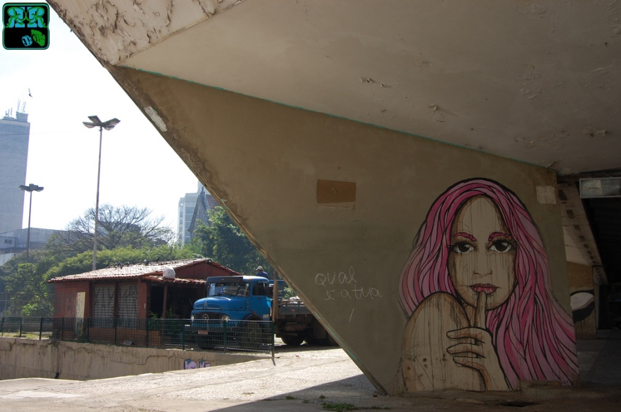 Street art by El Bocho in Sao Paulo depicting PSIU. Borrowed from barretto-rodrigo on Flickr.