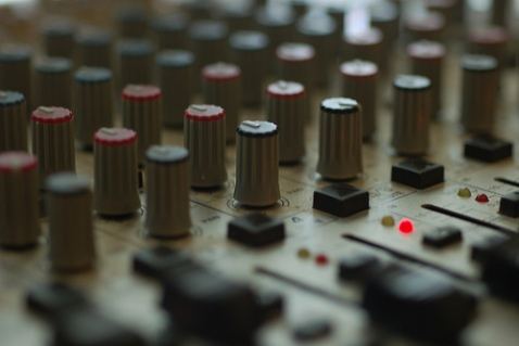 """Turn Up the Mix"" by Flickr user Travis Hightower, CC BY-NC-ND 2.0"