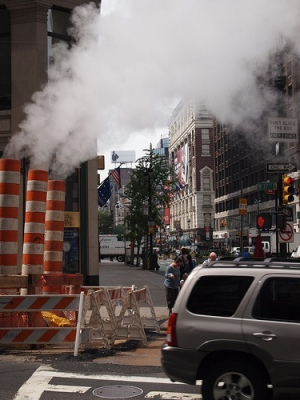 """Classic New York: noise, smoke"" by Flickr user Will, CC BY-NC-ND 2.0"
