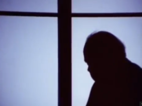 Welles in silhouette playing Winston Churchill in the unfinished One Man Band (1968-71)