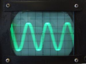 """Sound Waves: Loud Volume"" by Flickr user Tess Watson, CC BY 2.0"