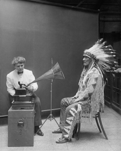 Frances_Densmore_recording_Mountain_Chief2
