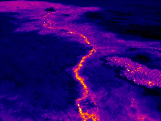 Surface flows as seen by thermal cameras at Pu'u O'o crater, June 27th, 2014. Image: USGS
