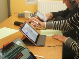 Participants working with Auria and Dropbox // Photo by author