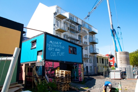 Construction in Reykjavik. Image by Patrick Rasenberg @Flickr CC BY-NC.
