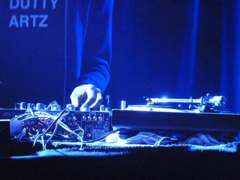 Dj /rupture performs in Minefield UK, 2010, image by Flickr User Paul Narvaez Attribution-NonCommercial 2.0 Generic (CC BY-NC 2.0)