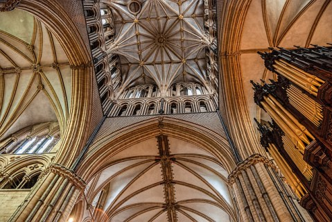 Interior of Lincoln Cathedral, Image by Flickr User Gary Ullah, (CC BY 2.0)