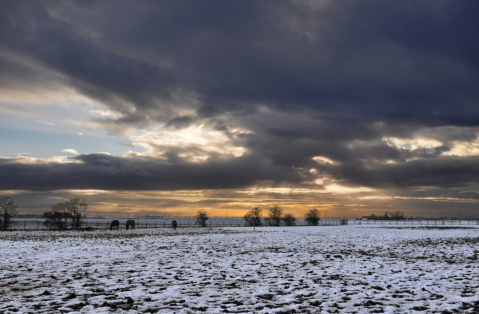 Dark skies over fenlands, near Spilsby, Lincolnshire. Taken by Lutmans on Flickr