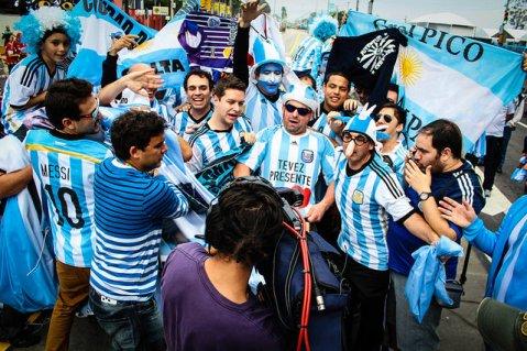 MMLPQTP Politics: Soccer Chants, Viral Memes, and Argentina's 2018